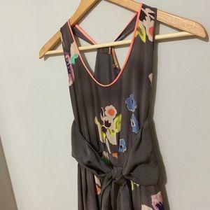 Dresses & Skirts - 🤩 Gorgeous 100% Silk Floral Dress